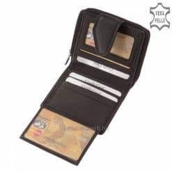 Minőségi bőrből gyártott fekete színű, kisméretű és igen praktikus női bőr pénztárca termék, egyedi kiegészítőkkel.Külső átkapcsolóval.