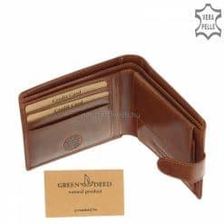 Kiváló minőségű valódi bőrből készült világos barna férfi bőr pénztárca, melynek elegáns fényes fedelén GreenDeed márkás felirat díszeleg.