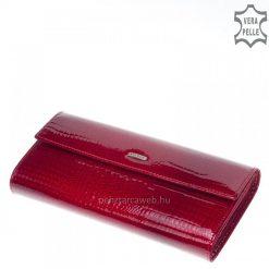 Fényes piros croco prémium kategóriás, kiváló minőségű, nagyméretű női lakk bőr pénztárca, fedelén kiemelkedő fém NICOLE logoval.