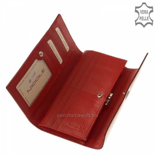Fényes piros croco prémium kategóriás, kiváló minőségű, nagyméretű női bőr pénztárca, fedelén kiemelkedő fém NICOLE logoval.