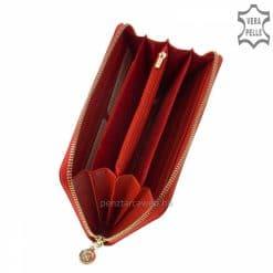 Nagyméretű exkluzív selyemfényű női bőr pénztárca világos piros színben, fedelén benyomott díszítéssel, körbe cipzáras zárással.