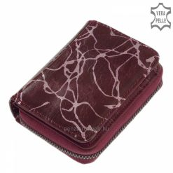 Praktikus kialakítású, kis méretű igazán egyedi és divatos megjelenésű női bőr pénztárca valódi bőrből lila színben. Díszdobozban küldjük!