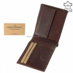 A slim pénztárcát kedvelőinek ajánljuk ezt a barna színben gyártott minőségi valódi bőr férfi pénztárca modellt, melyet díszdobozban küldünk.