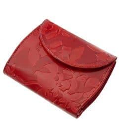 A GIULTIERI márkacsalád egyik egyedi terméke ez a kivételesen szép, mintás piros női bőr pénztárca, valódi bőrből, hölgyeknek tervezve.