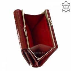 NICOLE márkájú praktikus kis méretű női bőr pénztárca, amely kiváló valódi bőrből készült, igazán divatos piros színű croco mintás külsővel.
