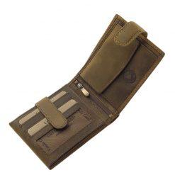 Karakteres valódi minőségi bőr felhasználásával készült GreenDeed mintás bőr pénztárca, melynek barna külseje átkapcsoló pánttal rögzíthető.