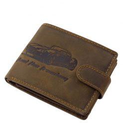GreenDeed márkájú, minőségi valódi bőr autós férfi pénztárca modellünk, mely barna színben rendelhető áruházunkban.