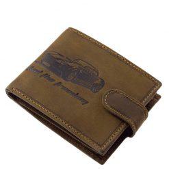 Minőségi barna színű valódi bőr alkalmazásával készült autós férfi pénztárca, fedelén egy retro autó, a szélein világosabb dísztűzés.