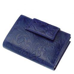 Egyedi kialakítású, minőségi valódi bőr felhasználásával készült női pénztárca kék színben, felületén dekoratív inda- és virágnyomattal.