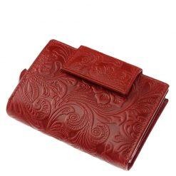 Egyedi kialakítású, minőségi valódi bőr felhasználásával készült női pénztárca piros színben, felületén dekoratív inda- és virágnyomattal.