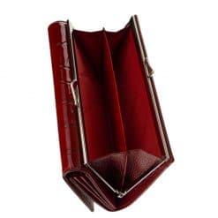 Nicole márkájú, patentos fedéllel záródó, nagy méretű női keretes bőr pénztárca, meggy piros színben, mely minőségi valódi bőrből készült.